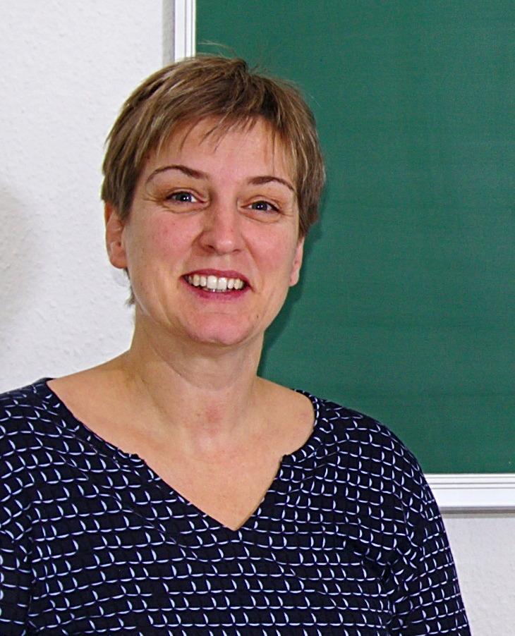 Bettina Rüdinger ist Geschäftsführerin der Alpha Lernhilfe und LRS-Therapeutin (in Supervision).