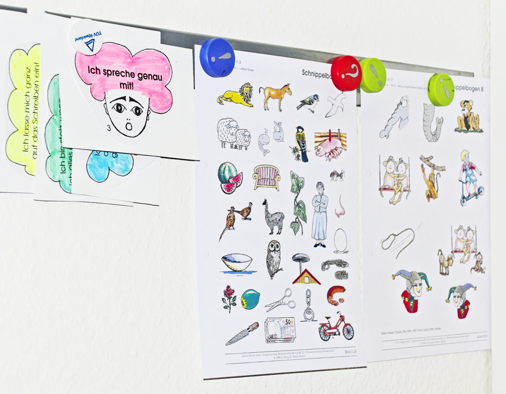 Die Hausaufgaben im LRS-Unterricht unterstützen den effizienten Schriftspracherwerb und gewährleisten einen wöchentlichen Unterrichtszyklus