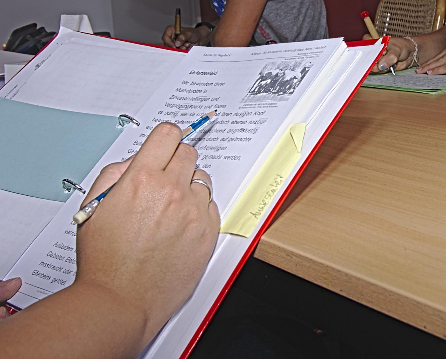 lerntherapeutischer Förderunterricht hilft bei LRS systematisch, motivierend und bringt den Kindern auch Spaß am Lernen
